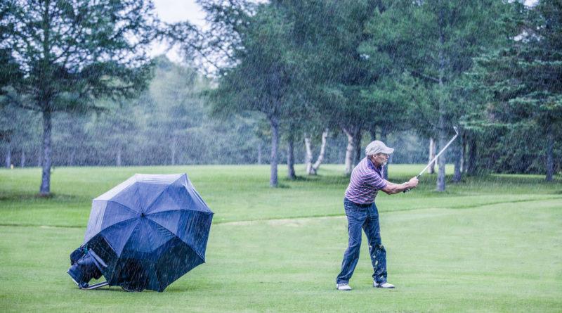 Golf i regn