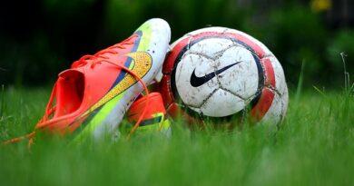 Hvem bliver pokalmestre i fodbold i år?