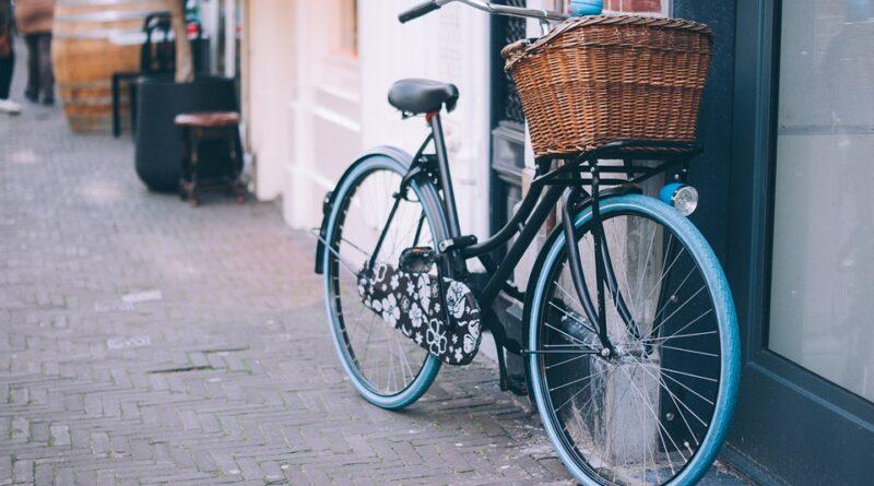 Cykel parkeret